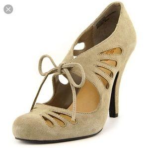 Crown Vintage Heels